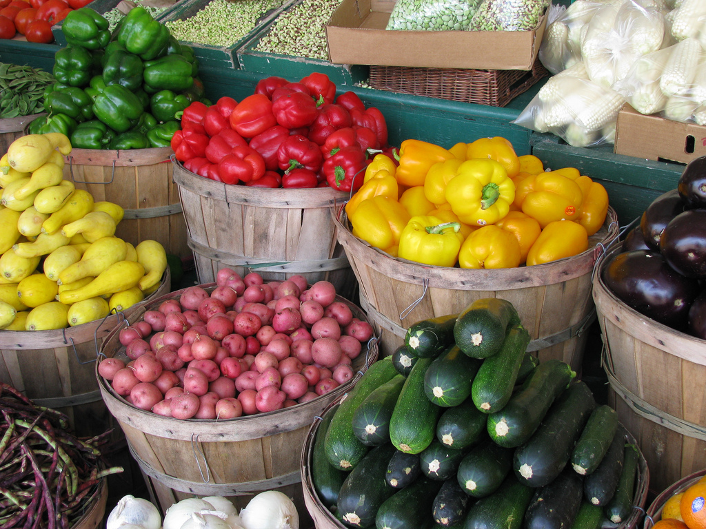 Farmers-Market-Fresh-Produce-Photo.jpg